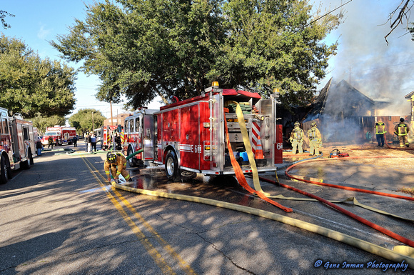 GPI_6353.NEF - Fire at Yale Street & 15th Street,